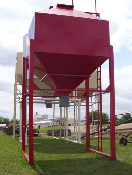 Overhead Feed Grain Bins - by Gobob Pipe and Steel